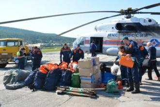 Алтайские пожарные потушили горящие богучанские леса и едут домой