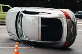 В Барнауле подросток угнал автомобиль у матери и попал в ДТП