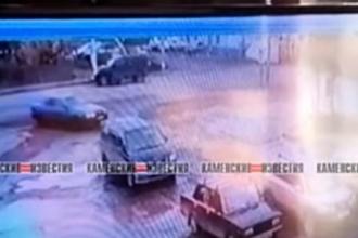 В Камне-на-Оби женщина на Land Cruiser сбила ребенка на пешеходном переходе