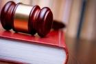 Главу барнаульской управляющей компании судят за травму ребенка на карусели