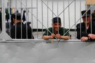 Заключенным на Алтае запретили свидания из-за коронавируса