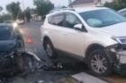 В Барнауле столкнулись два авто