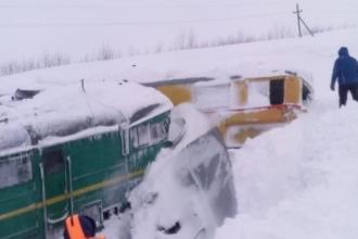 В Алтайском крае тепловоз сошел с рельсов